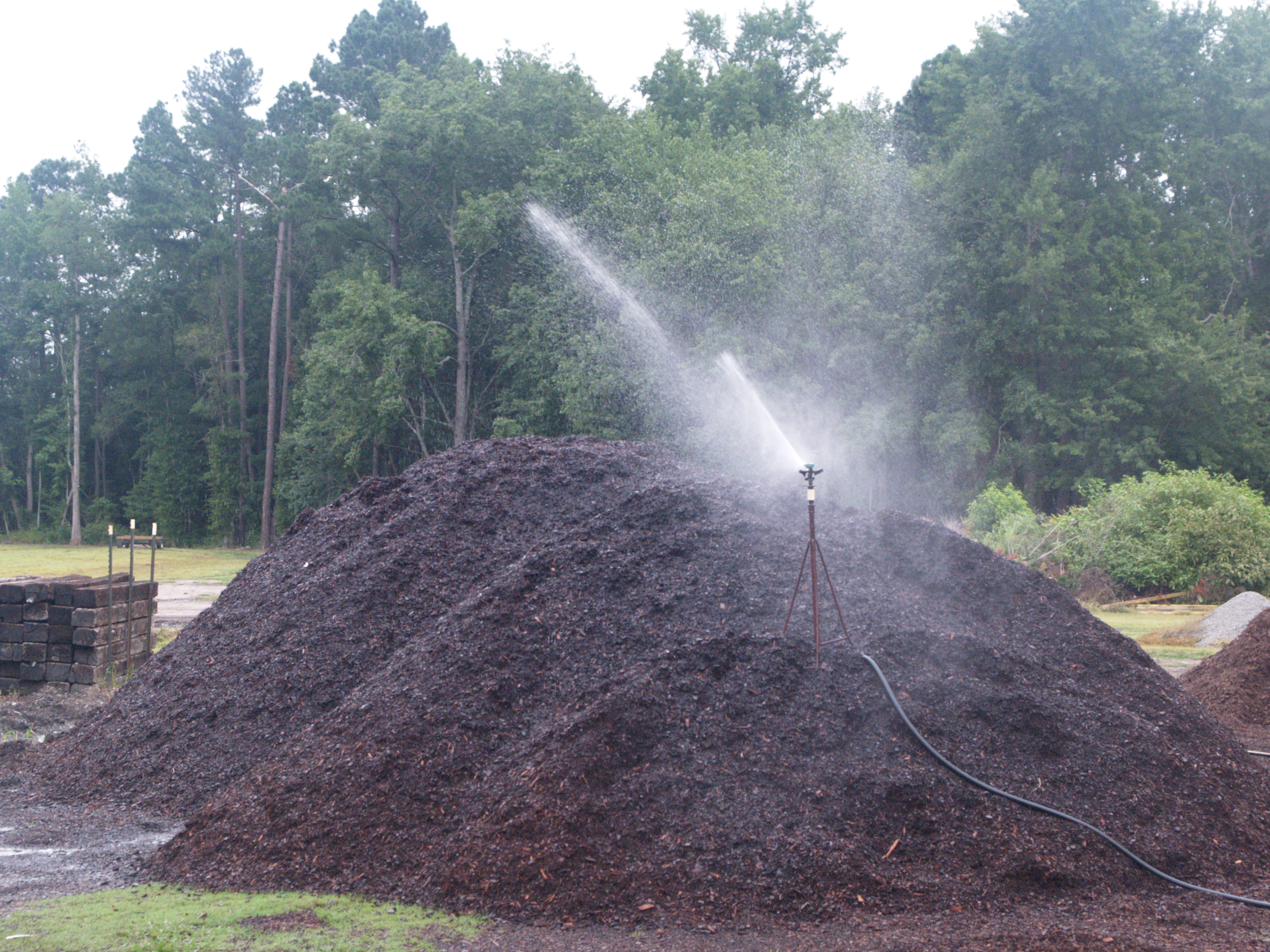 Irrigating substrate piles to keep its wetting ability consistent throughout pile